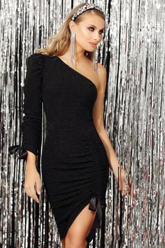 Fekete alkalmi ujjatlan aszimetrikus ceruza ruha csillogó díszítésekkel