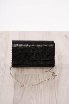 Fekete alkalmi boríték táska műbőrből hosszú, lánc jellegű akasztóval