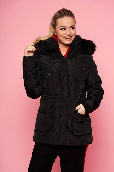 Fekete rövid casual vízhatlan szőrmés kapucnis zsebes dzseki