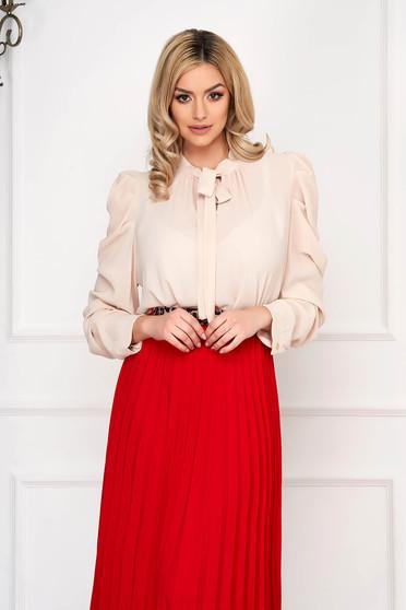 Krémszínű irodai női ing masni díszítéssel hosszú ujjakkal vékony anyagból