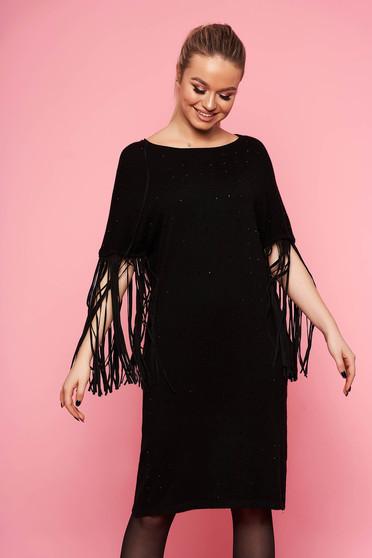 Fekete elegáns bő szabású rojtos kötött ruha bélés nélkül háromnegyedes ujjakkal strassz köves díszítéssel