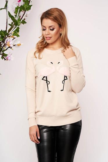 Cappuccinobarna casual bő szabású kötött rövid pulóver pólónyakkal műszőrme berakásokkal