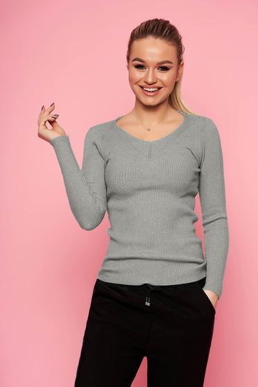 Szürke casual rövid szűk szabású kötött pulóver v-dekoltázzsal hosszú ujjakkal