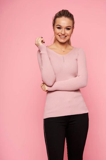 Púder rózsaszínű casual rövid szűk szabású kötött pulóver v-dekoltázzsal hosszú ujjakkal