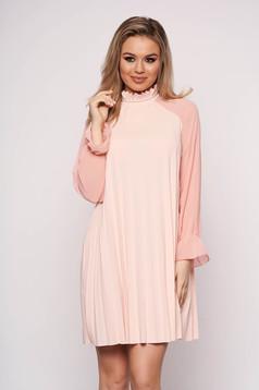 Pink elegáns rövid a-vonalú ruha muszlinból hosszú ujjakkal