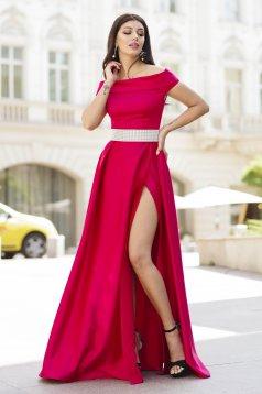 Piros ruha alkalmi hosszú harang szaténból lábon sliccelt