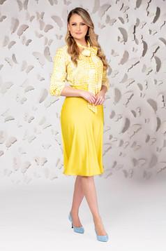 Sárga elegáns midi harang szoknya szaténból