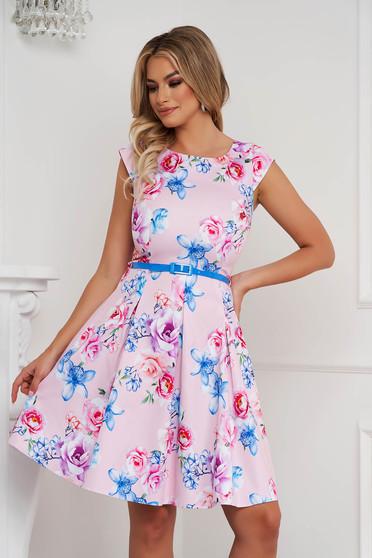 Púder rózsaszínű irodai rövid harang ruha rövid ujjú öv típusú kiegészítővel