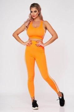 Narancssárga két részes szűk szabású sportos szett nadrággal rugalmas anyagból