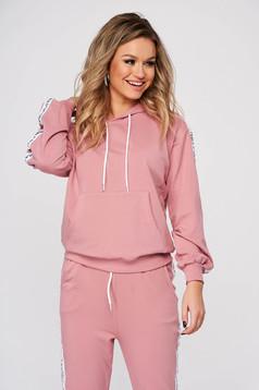 Púder rózsaszínű casual kétrészes nadrágos sportos szettek enyhén elasztikus pamut