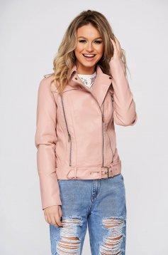 Pink casual rövid dzseki műbőrből és csattos kiegészítővel