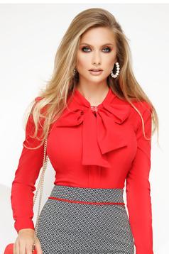 Piros irodai női ing szűk szabású enyhén elasztikus pamut masni alakú kiegészítővel