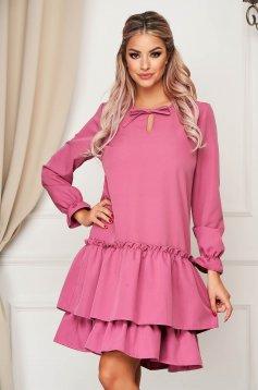 Sötétlila StarShinerS hétköznapi bő szabású ruha enyhén rugalmas anyagból fodrokkal a ruha alján