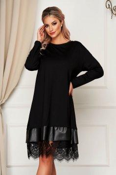 Fekete StarShinerS hétköznapi midi bő szabású ruha szintetikus bőr és csipke díszítéssel