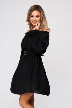 Fekete rövid egyenes hétköznapi ruha vékony anyagból