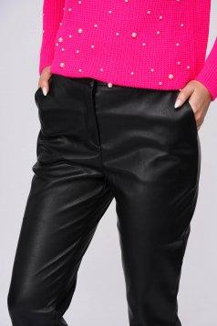 Fekete casual zsebes nadrág műbőrből