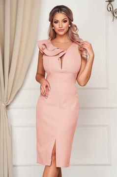 Púder rózsaszínű StarShinerS alkalmi fodros ruha enyhén rugalmas szövetből midi ceruza