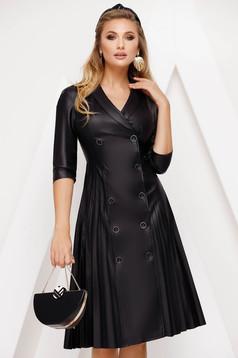 Fekete hétköznapi midi harang ruha műbőrből rakott, pliszírozott szoknyával