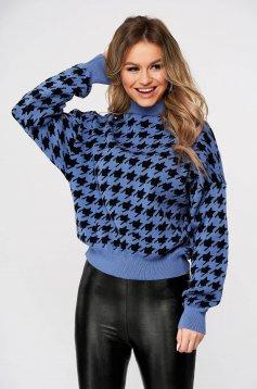 Kék magasnyakú casual kockás kötött pulóver