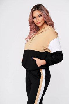 Krémszínű casual kétrészes nadrágos sportos szettek enyhén elasztikus pamut