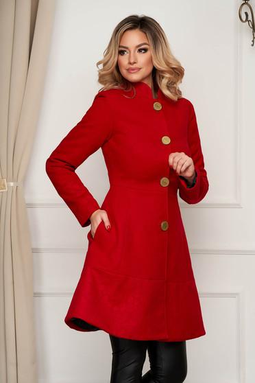 Kabát elegáns piros szövetből harang zsebes béléssel