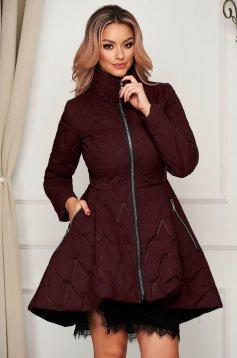 Burgundy vízlepergető deréktól bővülő szabású zsebes elegáns midi dzseki