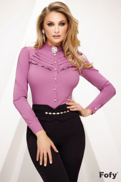 Sötétlila irodai szűk szabású női ing enyhén áttetsző anyag csipke díszítéssel