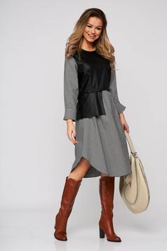 Fekete bő szabású rövid kockás ruha elől bőr utánzattal