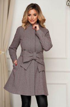 Burgundy zsebes elegáns harang kabát övvel ellátva
