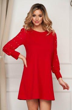 Piros rövid alkalmi bő szabású ruha muszlin ujjakkal gyöngy díszítéssel