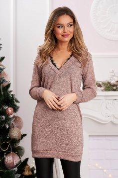 Egyenes rövid pink ruha rugalmas anyagból csipke díszítéssel
