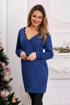 Egyenes rövid kék ruha rugalmas anyagból csipke díszítéssel