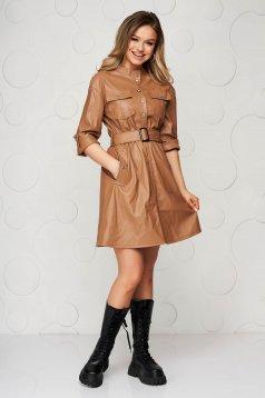 Casual barna műbőr ruha öv típusú kiegészítővel