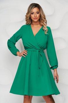 Zöld StarShinerS midi ruha harang alakú gumirozott derékrésszel béléssel