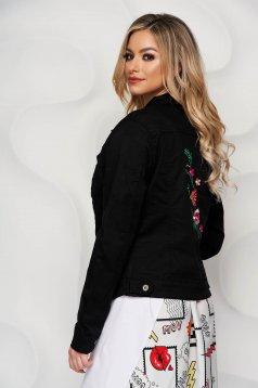 Fekete hímzett szűkített rövid dzseki farmerből