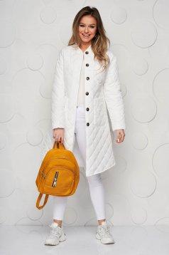 Bő szabású hosszú fehér dzseki