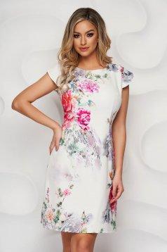 Virágmintás ruha rugalmas anyagból A-vonalú kerekített dekoltázssal