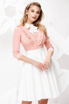 Barackvirágszínű irodai fodros női ing enyhén elasztikus pamutból