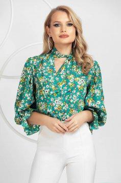 Virágmintás női ing muszlinból kendő jellegű gallérral fodros ujjakkal