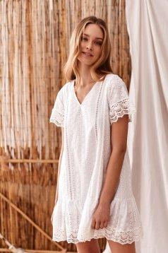 Fehér rövid ujjú bő szabású horgolt csipkés rövid casual ruha