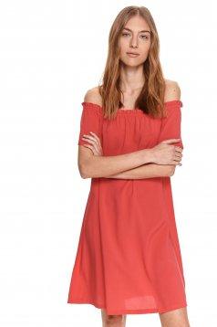 Ejtett vállú bő szabású pink ruha vékony anyagból