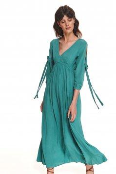 Türkizzöld hosszú ruha v-dekoltázzsal vékony anyagból