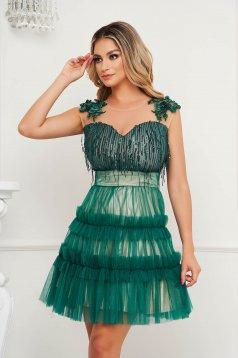Zöld ruha a-vonalú alkalmi flitteres díszítéssel virágos hímzés