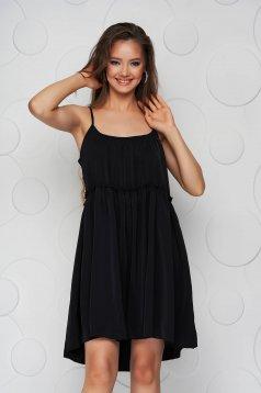 Fekete ruha vékony anyag bő szabású pántos kerekített dekoltázssal vékony anyagból