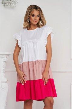 Világos rózsaszínű ruha vékony anyag bő szabású midi fodros vékony anyagból