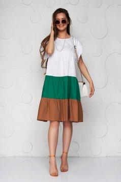 Zöld ruha vékony anyag bő szabású midi fodros vékony anyagból