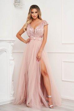 Púder rózsaszínű alkalmi lábon sliccelt harang ruha tüllből flitteres díszítéssel