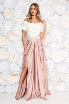Púder rózsaszínű hosszú alkalmi harang ruha szaténból
