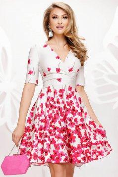Rövid ujjú vékony anyagú elegáns rövid harang ruha