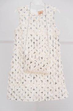 Fehér ruha alkalmi flitteres díszítéssel 3d effekt ujjatlan